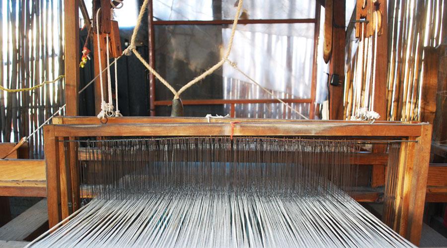 standing loom