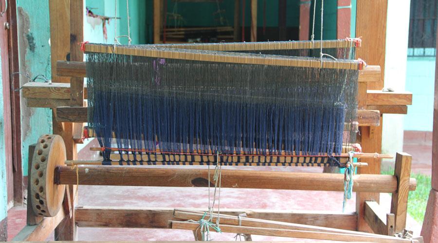 Meridian | Guatemalan Textiles - Weaving Looms